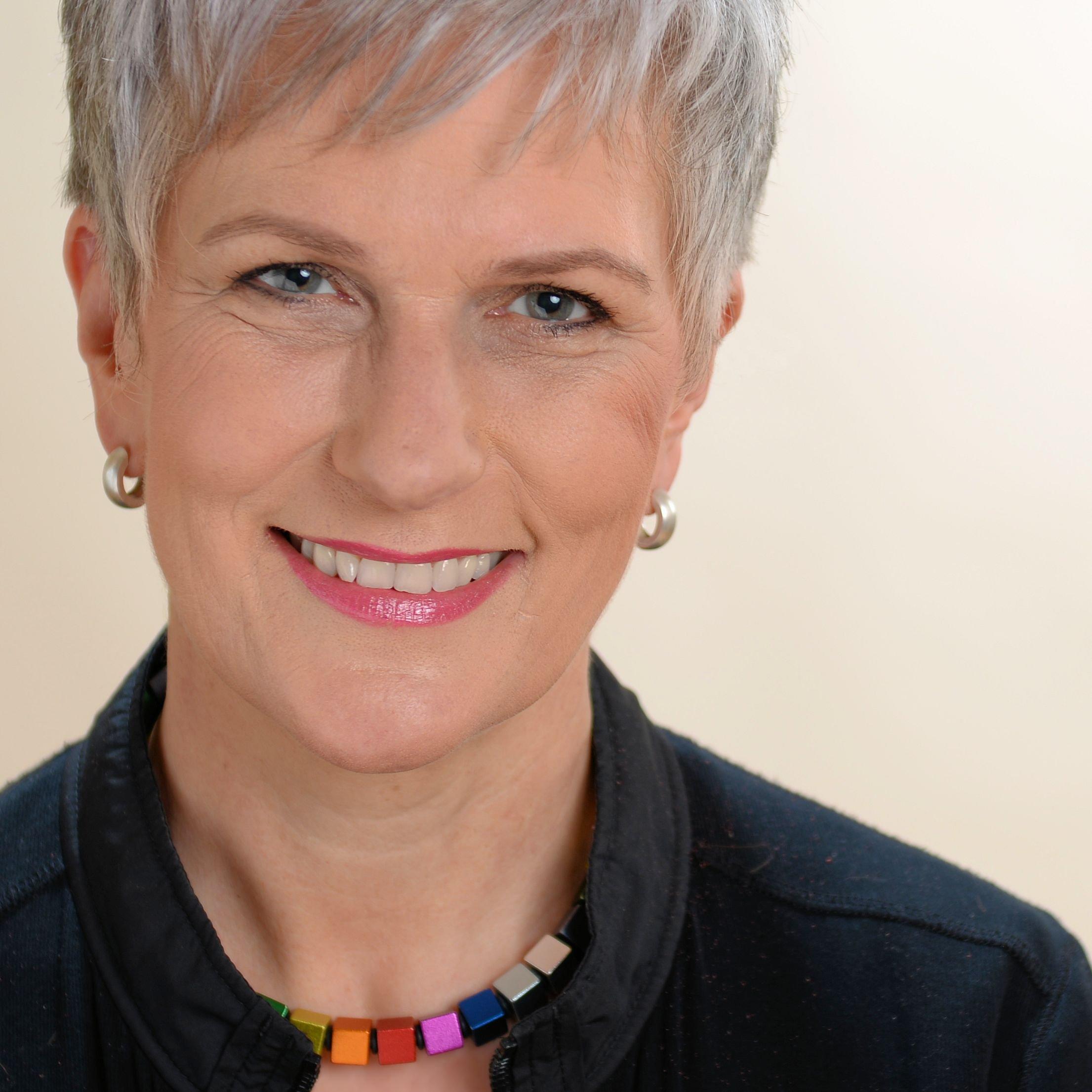 Prof. Dr. Susanne Edinger